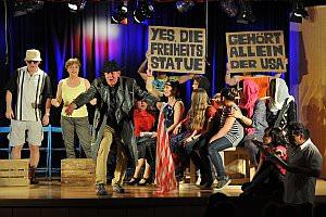 Lehrertheater 'Dei Denik', 13.04.2013