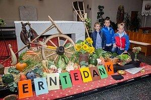 Erntedankfest und Pfarrhoffest in Neufeld, 02.10.2016