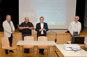 Gemeindeversammlung in Neufeld, 20.06.2014