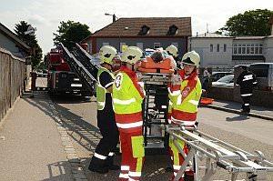 Erdbebenübung mit Pflegeheimevakuierung in Neufeld, 22.06.2013