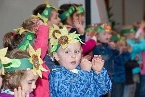 Erntedankfest im Kindergarten Neufeld, 03.10.2014