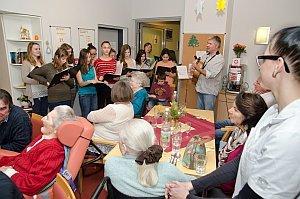 Weihnachtsfeier im Pflegeheim Neufeld, 17.12.2014
