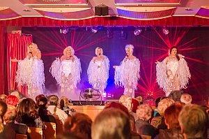 "Travestie-Show The ""Manne""-quins in Neufeld, 01.04.2016"